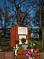 MOs810 WG 55 2016 Pyzdry Forest III (Market square in Tuliszkow) (JP II Monument).jpg