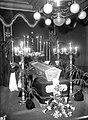 Maastricht, Wycker Brugstraat, chapelle ardente Hotel Beaumont, 1944.jpg