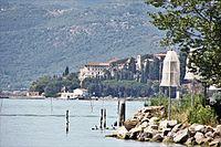 Magione, frazione Monte del Lago (01).jpg