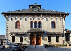 Mairie Outriaz 6.jpg