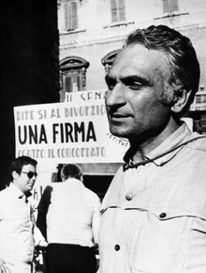 Marco Pannella - Pannella campaigning for the divorce referendum in 1974.