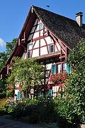 Marthalen - Wohnhaus, sogenanntes Altes Wirtshaus, Schaffhauserstrasse 3 2011-09-20 16-18-30 ShiftN.jpg