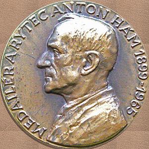 Anton Hám - Medallist and Engraver Anton Hám by František David (portrait), Štefan Grosch (text)