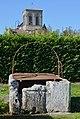 Montpellier-de-Médillan 17 Vieux puits 2014.jpg
