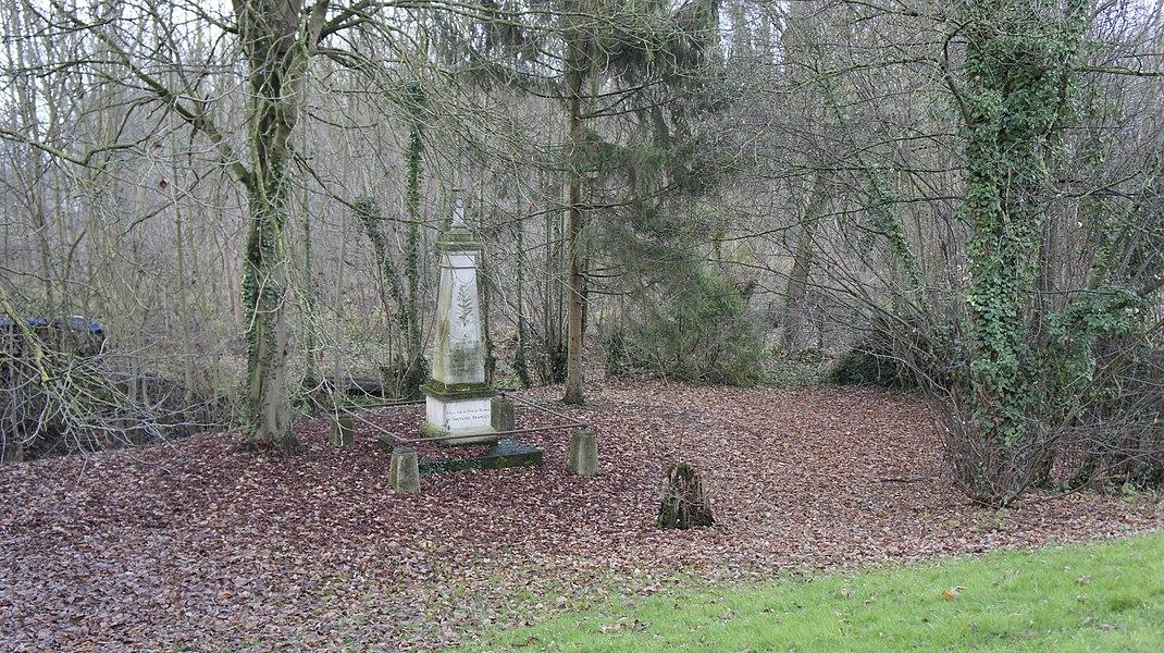 Monument Augé, fusillé en 1870 par les allemands, Cormontreuil.