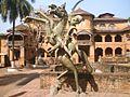 Monument du guerrier au sultanat de Bamoun.jpg