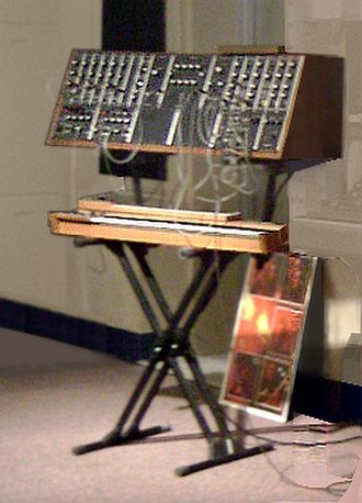 Moog synthesizer - 1CA Chris Swanson Modular System in 1965, is an earliest system for demonstration.
