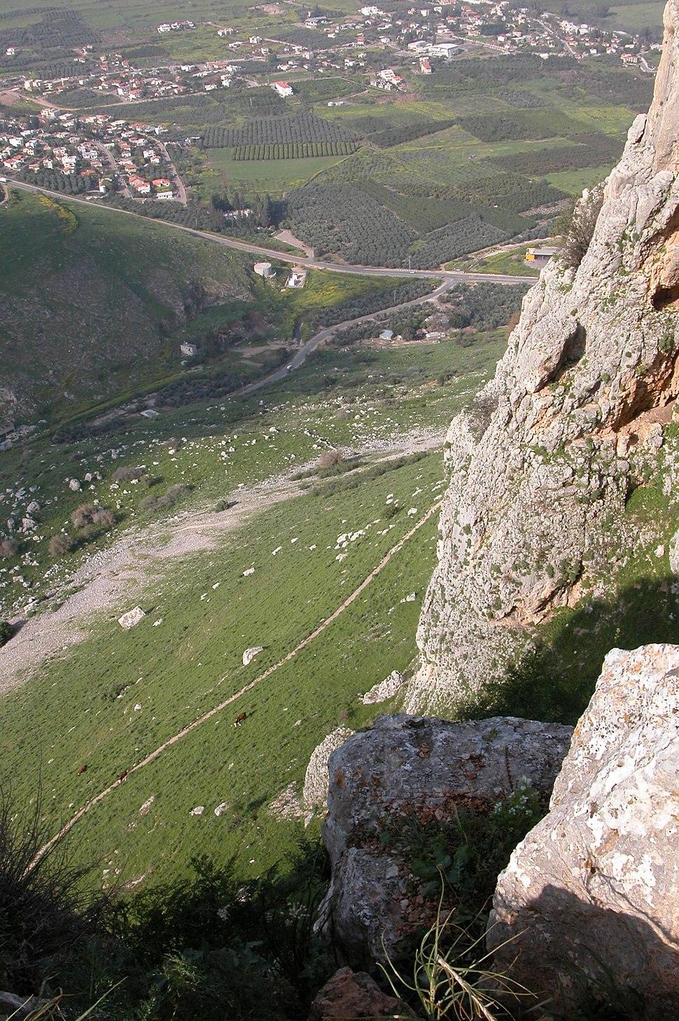Mount Arbel down