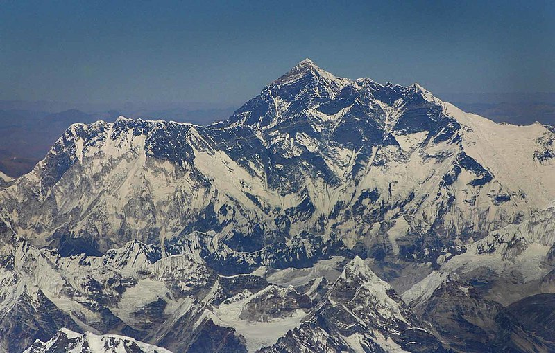 800px Mt Everest Aerial
