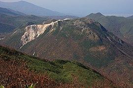 硫磺山 (新雪谷连峰)