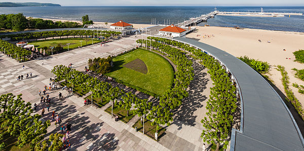 Zdrojowy Square and Promenade pier viewed from the Sopot Lighthouse, Sopot, Poland