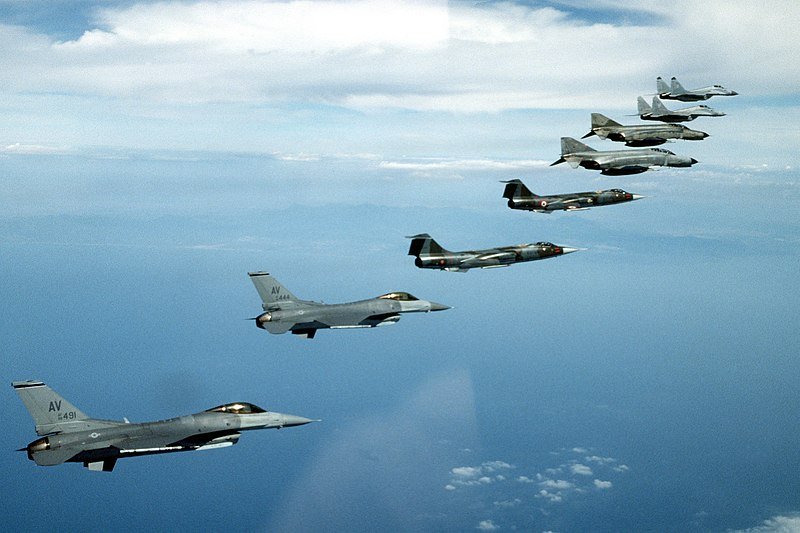 File:NATO fighters 1995 F-16 F-104 F-4 MiG-29.jpeg