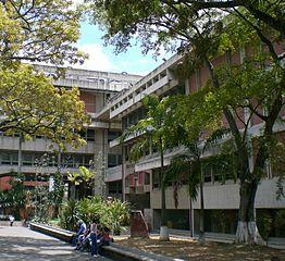Sede de la Biblioteca Nacional de Venezuela (Foto de Wikipedia).