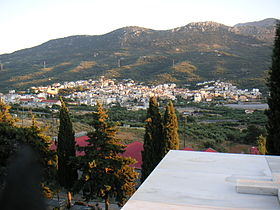 Neapoli crete view from graveyard.JPG