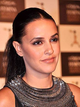 Neha Dhupia - Dhupia at the L'Oréal Femina Women Awards 2013