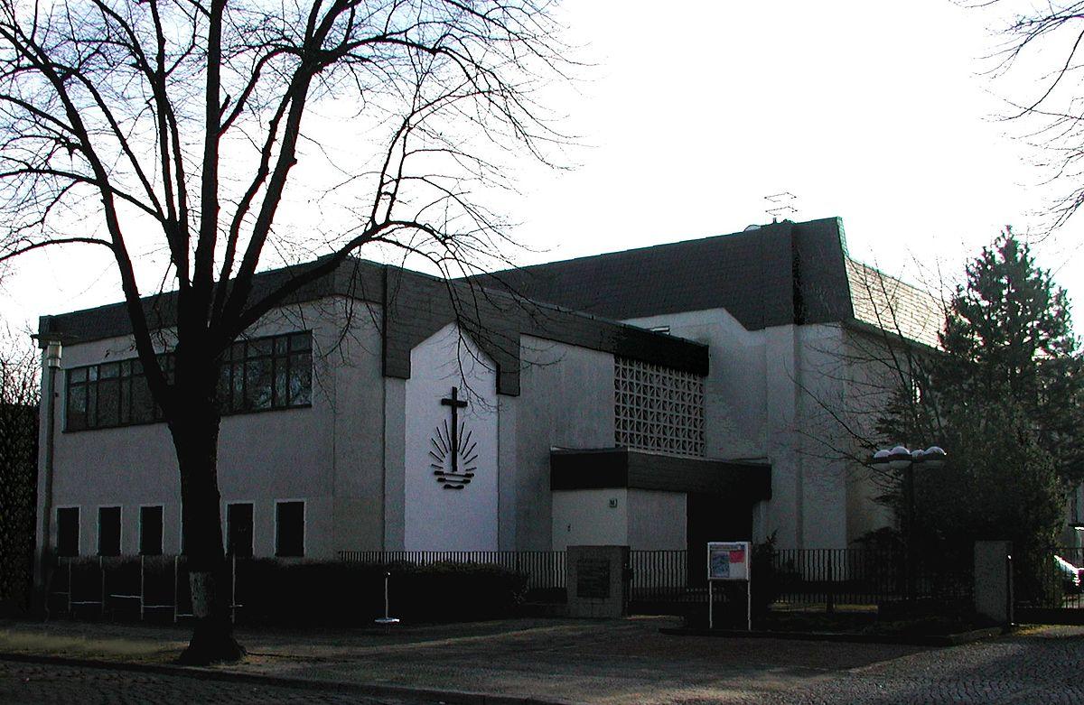 neuapostolische kirche berlin lichtenberg wikipedia. Black Bedroom Furniture Sets. Home Design Ideas
