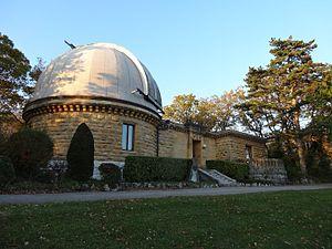 Neuchâtel Observatory - Image: Neuchâtel, L'Observatoire, Le Pavillon Hirsch