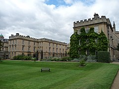 New College, Oxford (3915972658).jpg