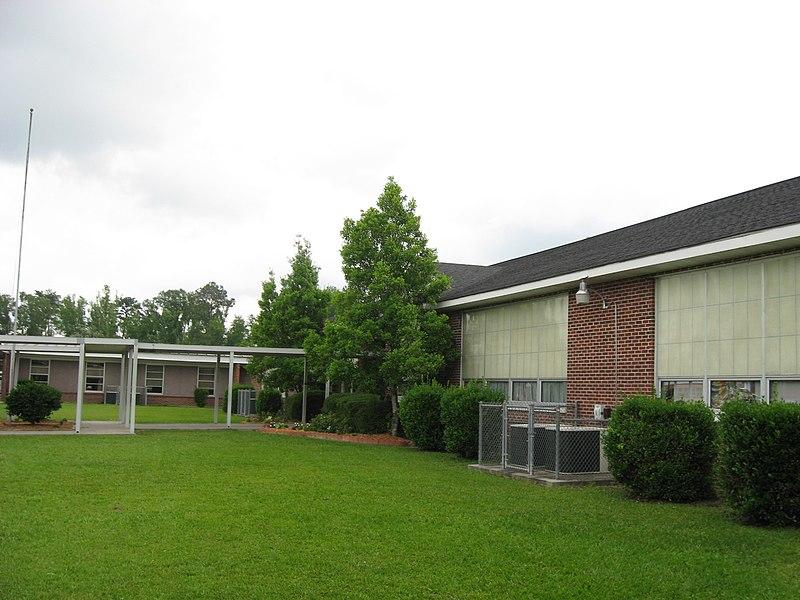 File:Nicholson Elementary School - panoramio.jpg