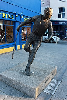 Nicky Rackard statue in Wexford.jpg
