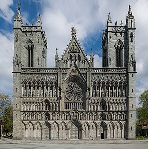 Nidaros Cathedral, Trondheim, West view 20150605 1