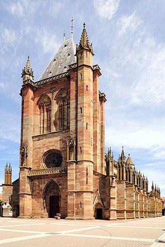 Niederhaslach Church - Image: Niederhaslach Church full frontal