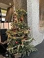 Noël des sans-abris du Samu social de la Croix Rouge de Lyon - arbre de noël.jpg