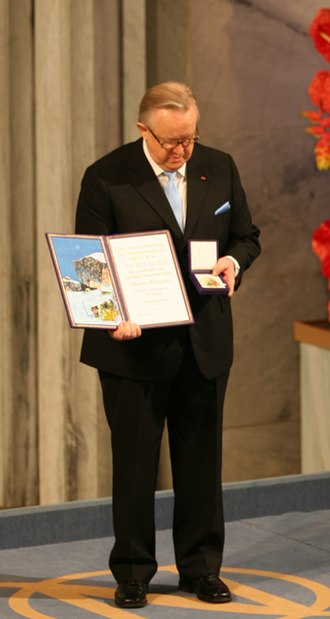 2008 Nobel Peace Prize - Martti Ahtisaari receiving the 2008 Nobel Peace Prize