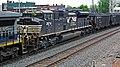Norfolk Southern Railway - 2674 diesel locomotive (Marion, Ohio, USA) 1 (42505342674).jpg