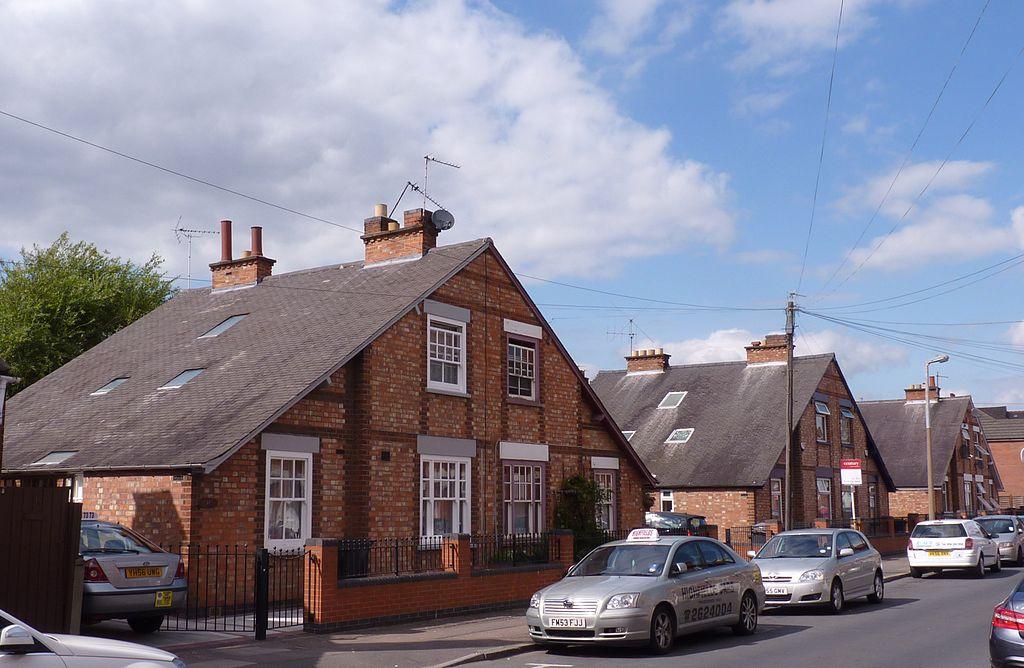 Nos 18,20 Linton Street, Leicester. A Wakerley House, 1920s.JPG
