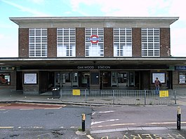 Oakwood tube station better.jpg