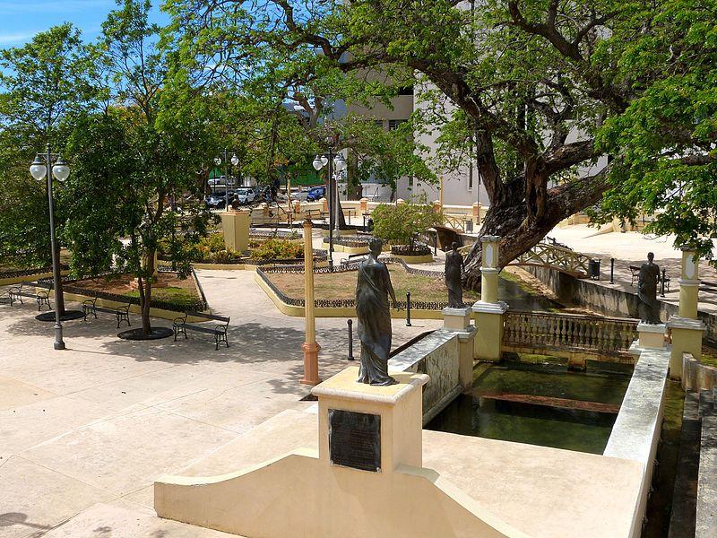 File:Ojo and Parterre - Aguadilla Puerto Rico.jpg