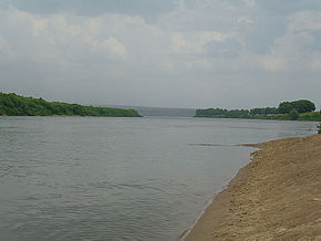 Oka river between Serpukhov and Kashira.jpg