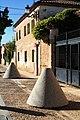 Olive oil mill stones. Fontanar (Guadalajara).jpg