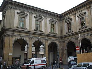 Hospital of Santa Maria Nuova - The portico of Buontalenti