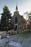 overzicht zuidwestgevel met kerkhof - vierlingsbeek - 20348916 - rce