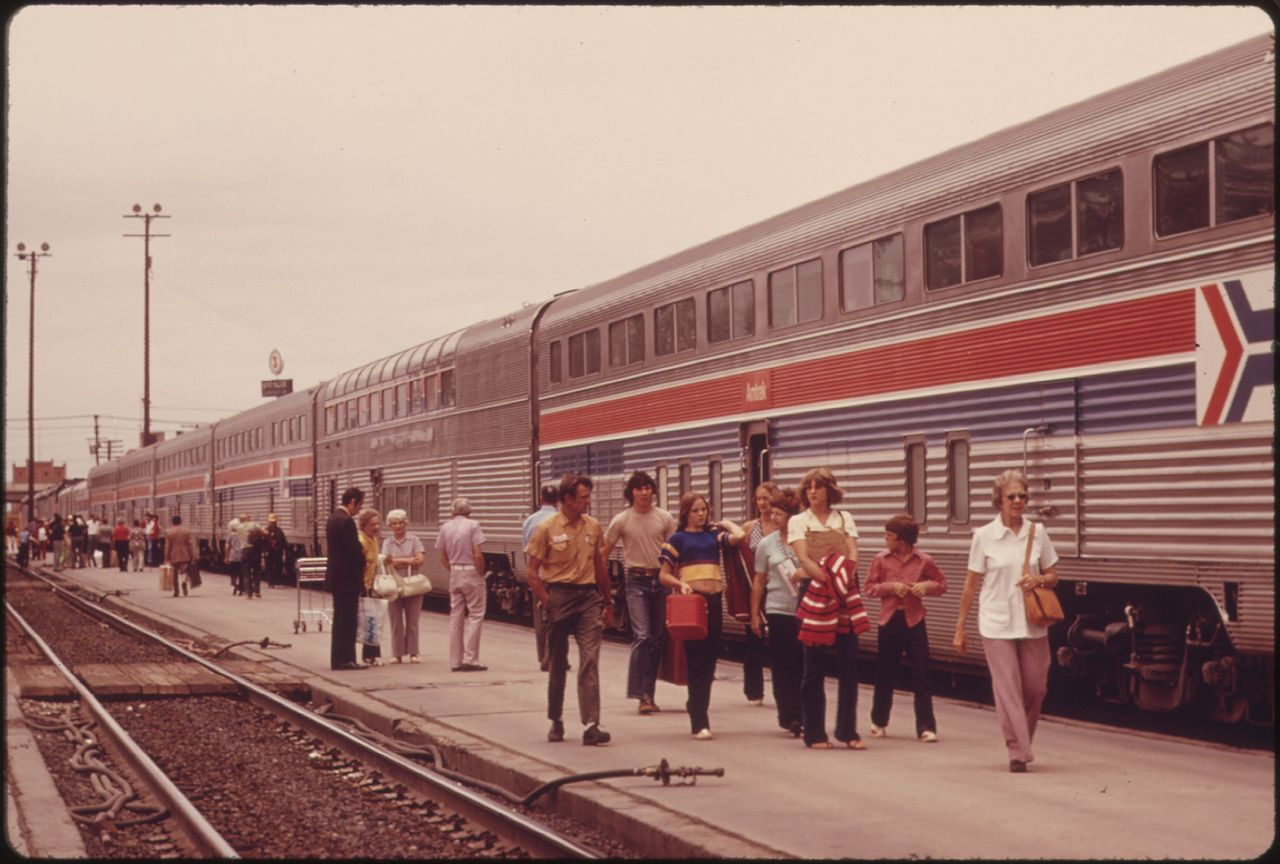 File Passengers Of The Southwest Limited Strolling Beside