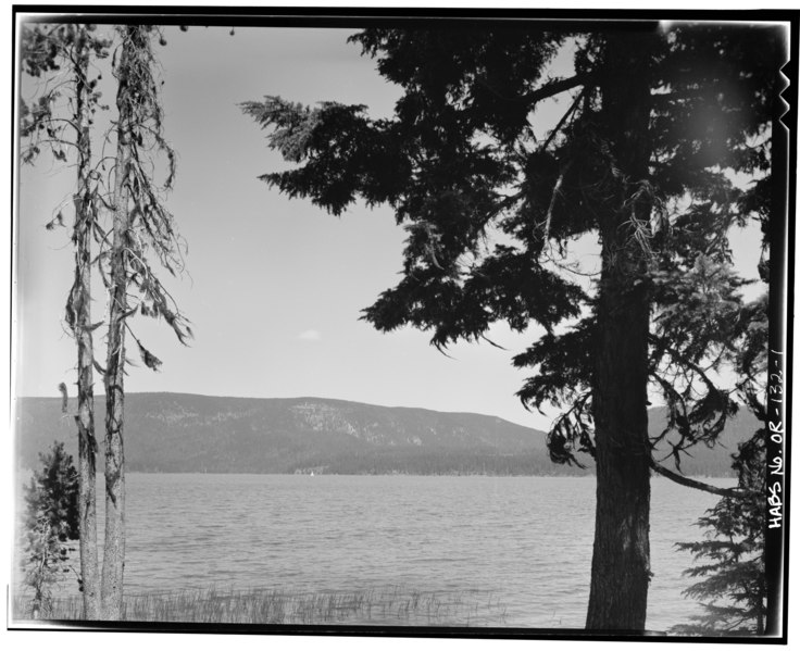 File:PAULINA LAKE FROM LOOP CAMP, LOOKING NORTHEAST - Paulina Lake IOOF Organization Camp, Deschutes National Forest, La Pine, Deschutes County, OR HABS ORE,9-LAPI.V,1-1.tif