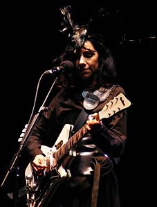 PJ Harvey in 2011.jpg