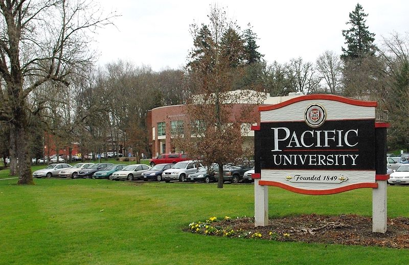 File:Pacific University entrance sign.JPG