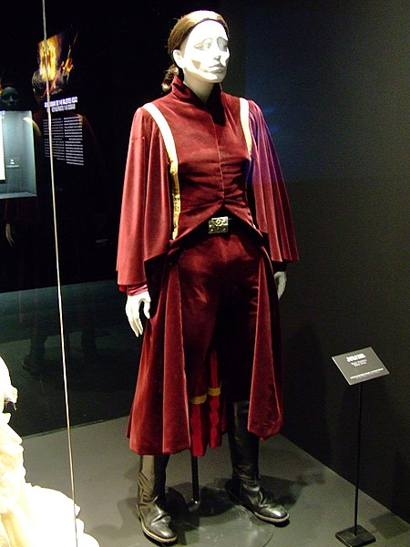 File:Padme's Battle Dress.jpg