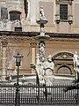 Palermo - Fontana Pretoria 0454.JPG