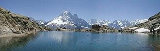 Lac Blanc (Chamonix) - Image: Panorama du Lac Blanc des Aiguilles Rouges