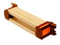 Papierisolierte steckbare Einzelzahnspule mit Kunststoffendkappen und integrierten Schneid- Klemmkontakttaschen.png