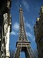 Paris 75007 Rue de Buenos Aires 20050312 Eiffel Tower.jpg