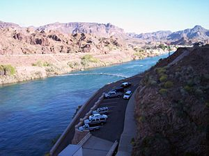 Buckskin Mountains (Arizona) - Image: Parker Dam Downstream panoramio