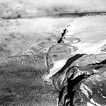 Petermann Glacier, Calving Ice Shelf terminus, July 18, 1964 (GLACIERS 1698).jpg