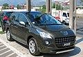 Peugeot 3008 1.6 THP Premium 2011 (41377900622).jpg