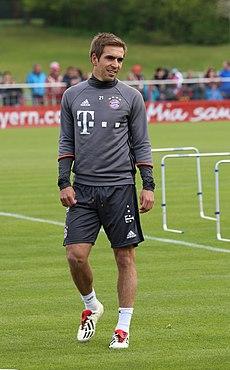 Philipp Lahm Training 2017-05 FC Bayern Muenchen-1.jpg