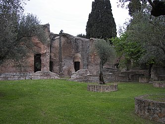 Piccole Thermae of Villa Adriana 4.jpg